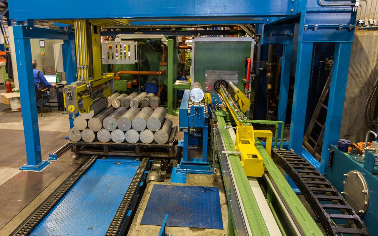 Izdelava elektro krmilja depaletizerja aluminijevih okroglic.